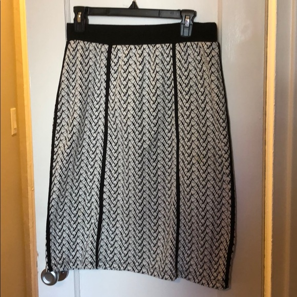 Le Lis Dresses & Skirts - Stretch black and white pencil skirt sz L